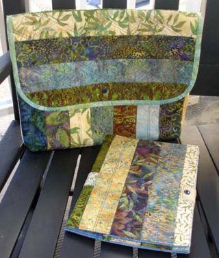 Laptop Envelope Batik